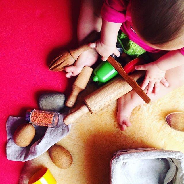 mama extraterrestre actividades entretener bebe en casa cesta tesoros